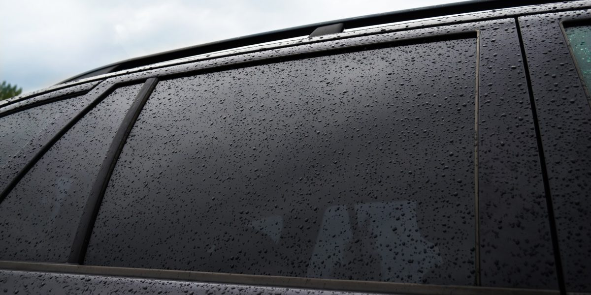 3 Reasons to Get Your Car Windows Professionally Tinted